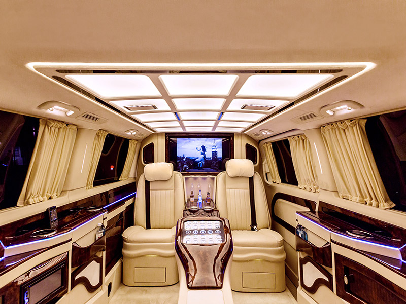 luxury transfer &helicopter flights